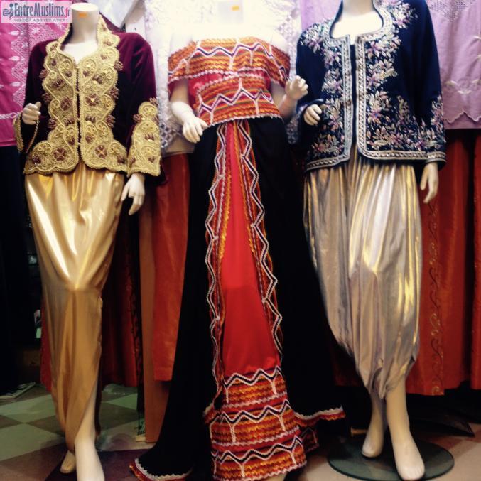 karakou et robe kabyle a tres bon prix. Black Bedroom Furniture Sets. Home Design Ideas