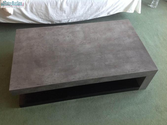 Magnifique table basse effet beton for Table basse effet beton