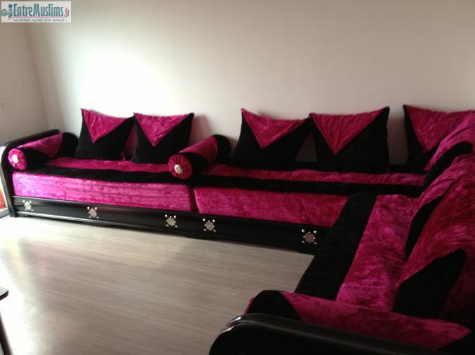 Salon Marocain Seddaris Noir Et Rose Fushia